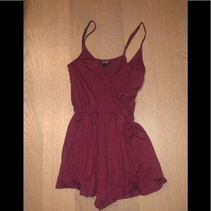 TOPSHOP maroon / red romper, size US 4
